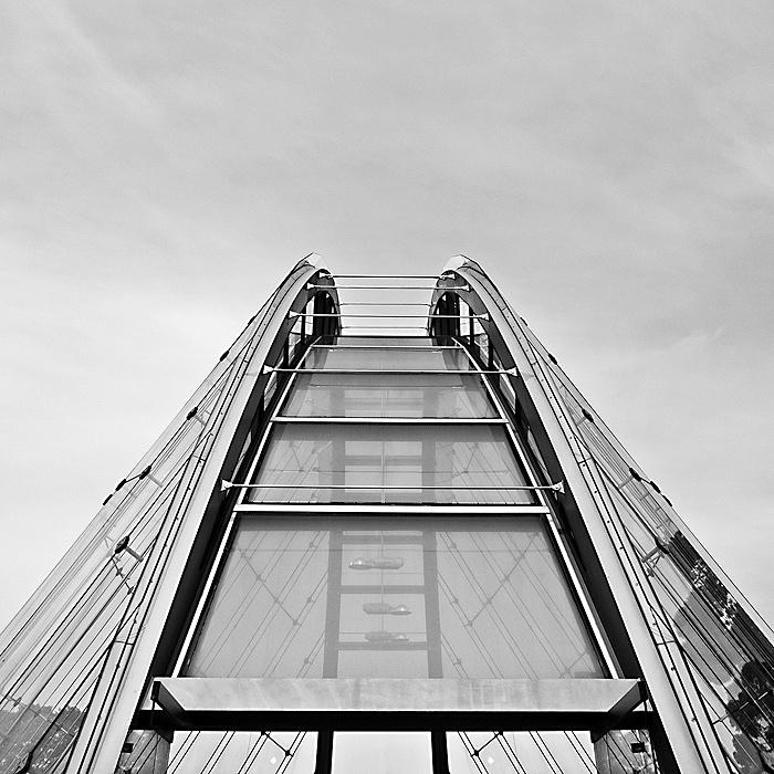 Glass House 02