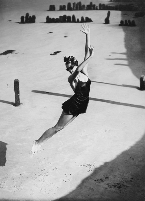 Jump-Norman Parkinson, 1939 copy.jpeg