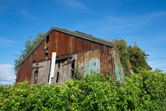 Barn near Cooling Road