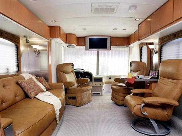 Airstream-Inside-L.jpeg