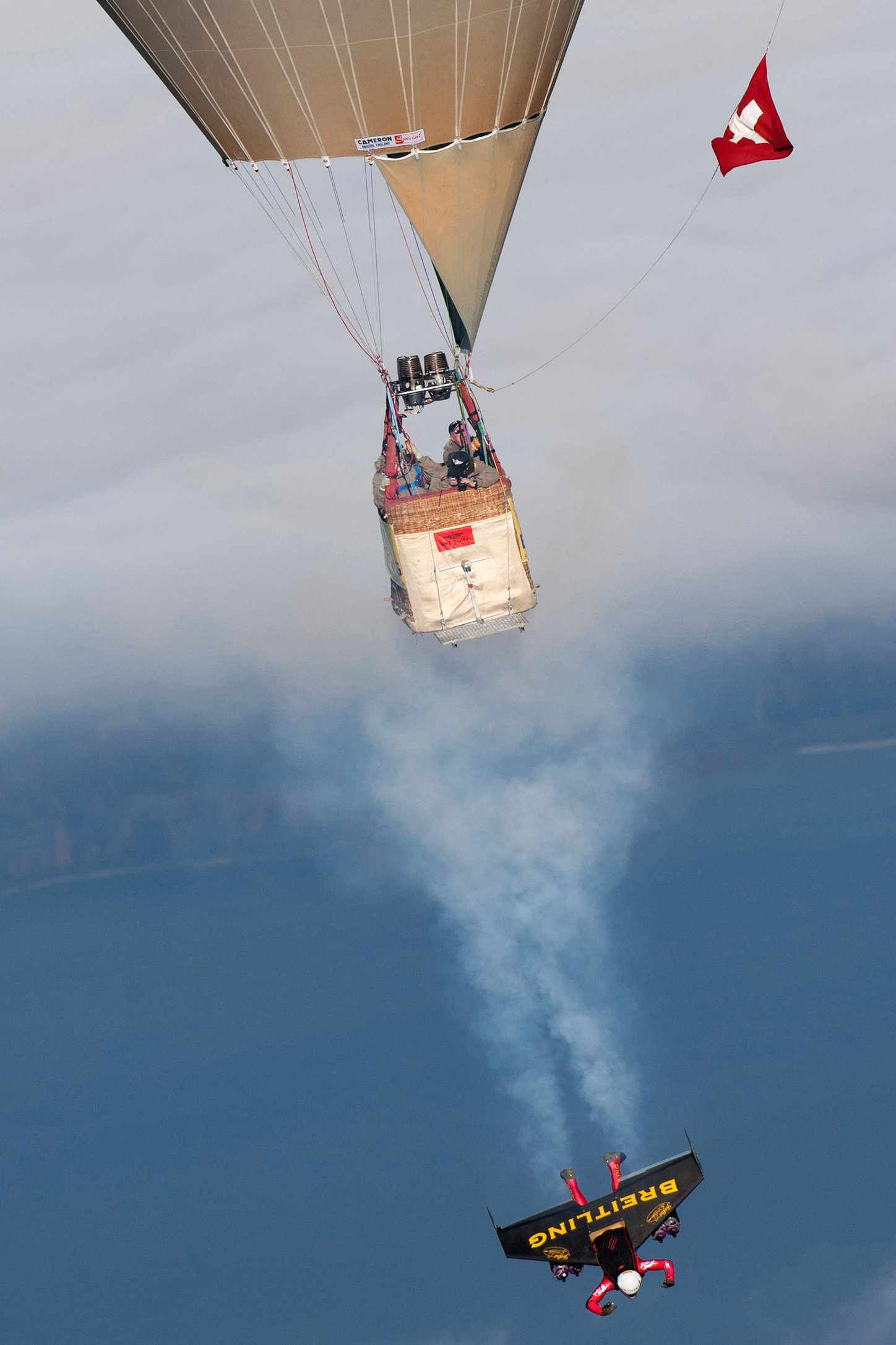 Jet-Man Looping - Bercher - 2010