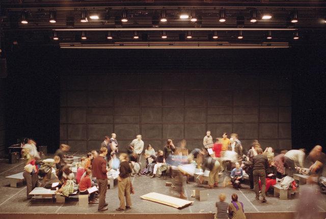 NICOLAS FLOC'H / STRUCTURE MULTIFONCTIONS/HOURVARI / CND/Centre Georges Pompidou / Janvier 2001