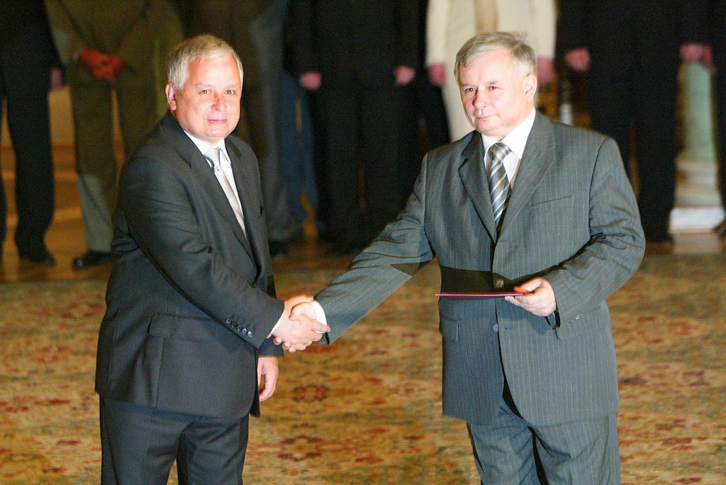 KACZYNSCY POLISH PRESIDENT AND PRIME MINISTER_.jpg