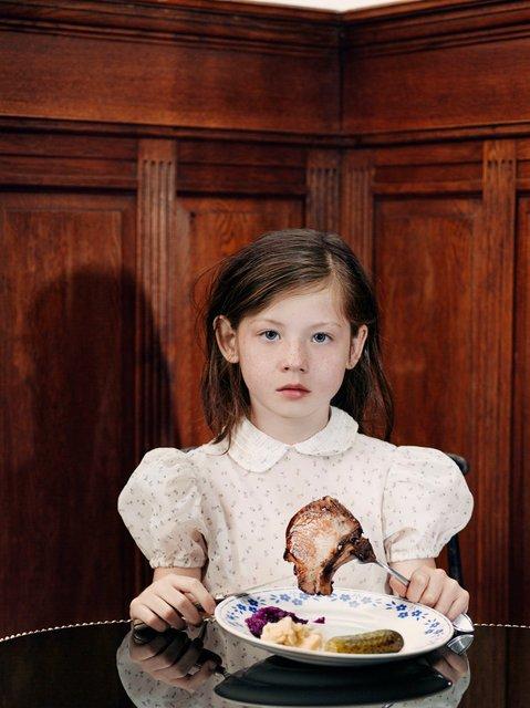 Jet Vervest Marijke de Gruyter NTjong Mona.jpg