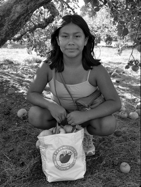 Magdalena Apple Picking.jpg