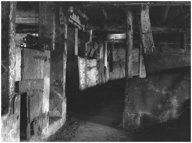 silent-barns-no-3a.jpg
