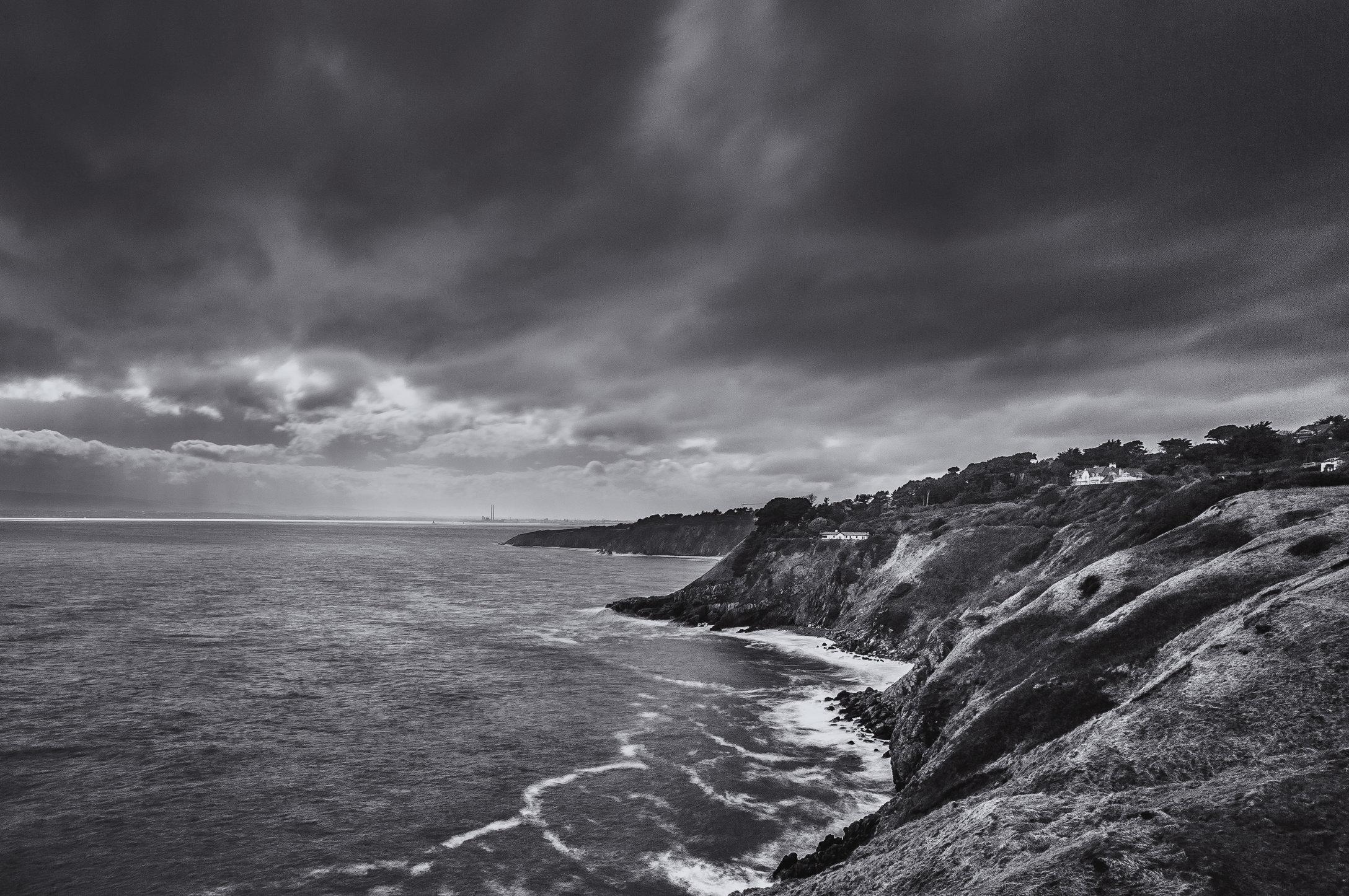 Cliffs -b&w