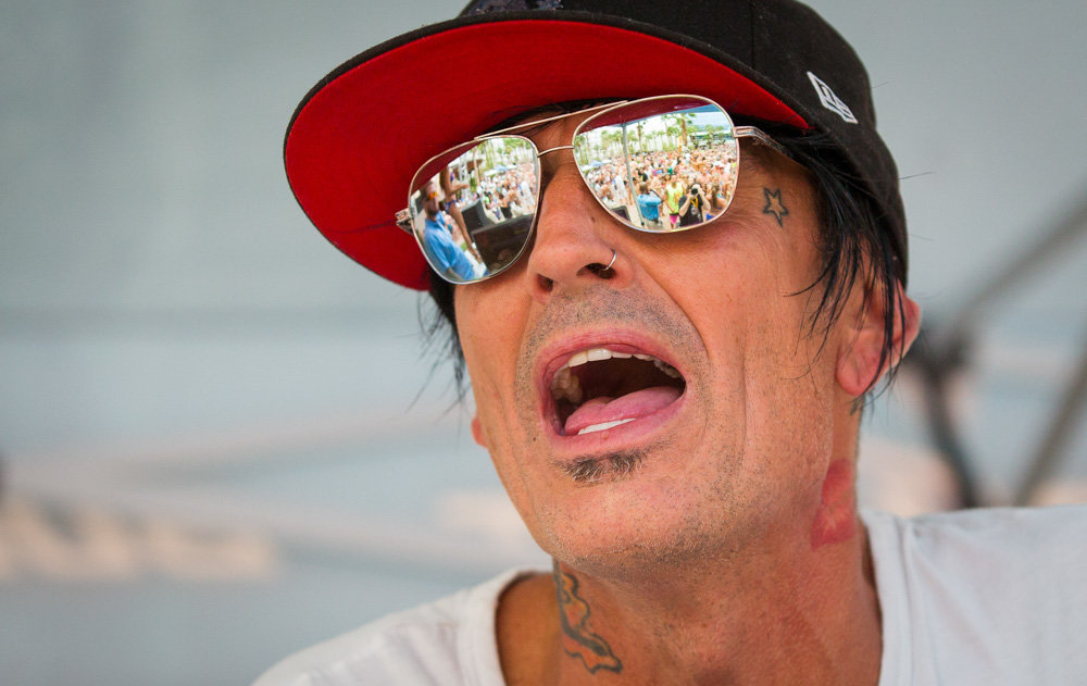 8_25_13_tommy_lee_rehab_kabik-145.jpg