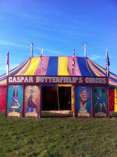 Circus sign.jpg