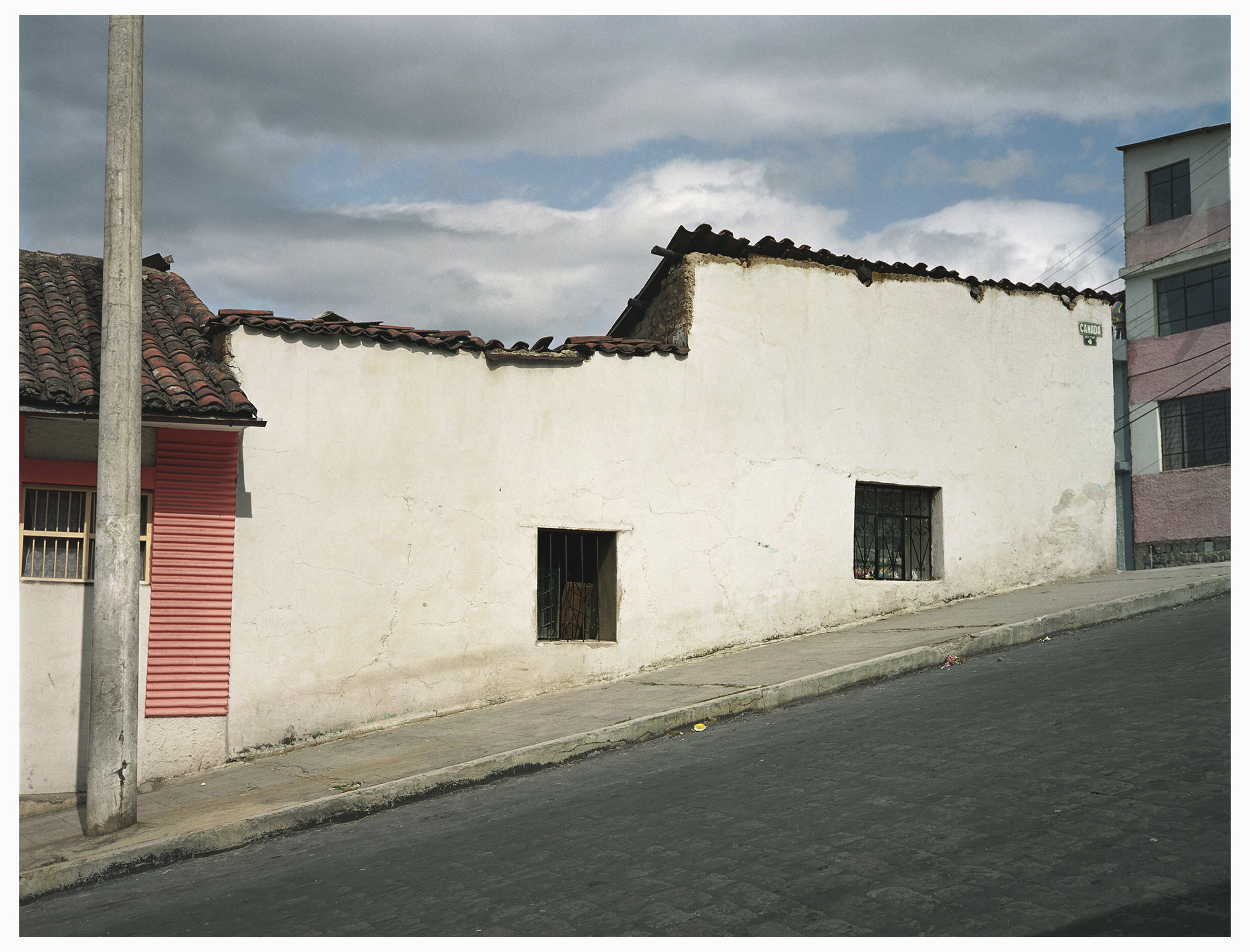 015  EWS  Quito White Wall.jpg