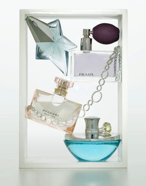 014-macys-perfumes.jpg