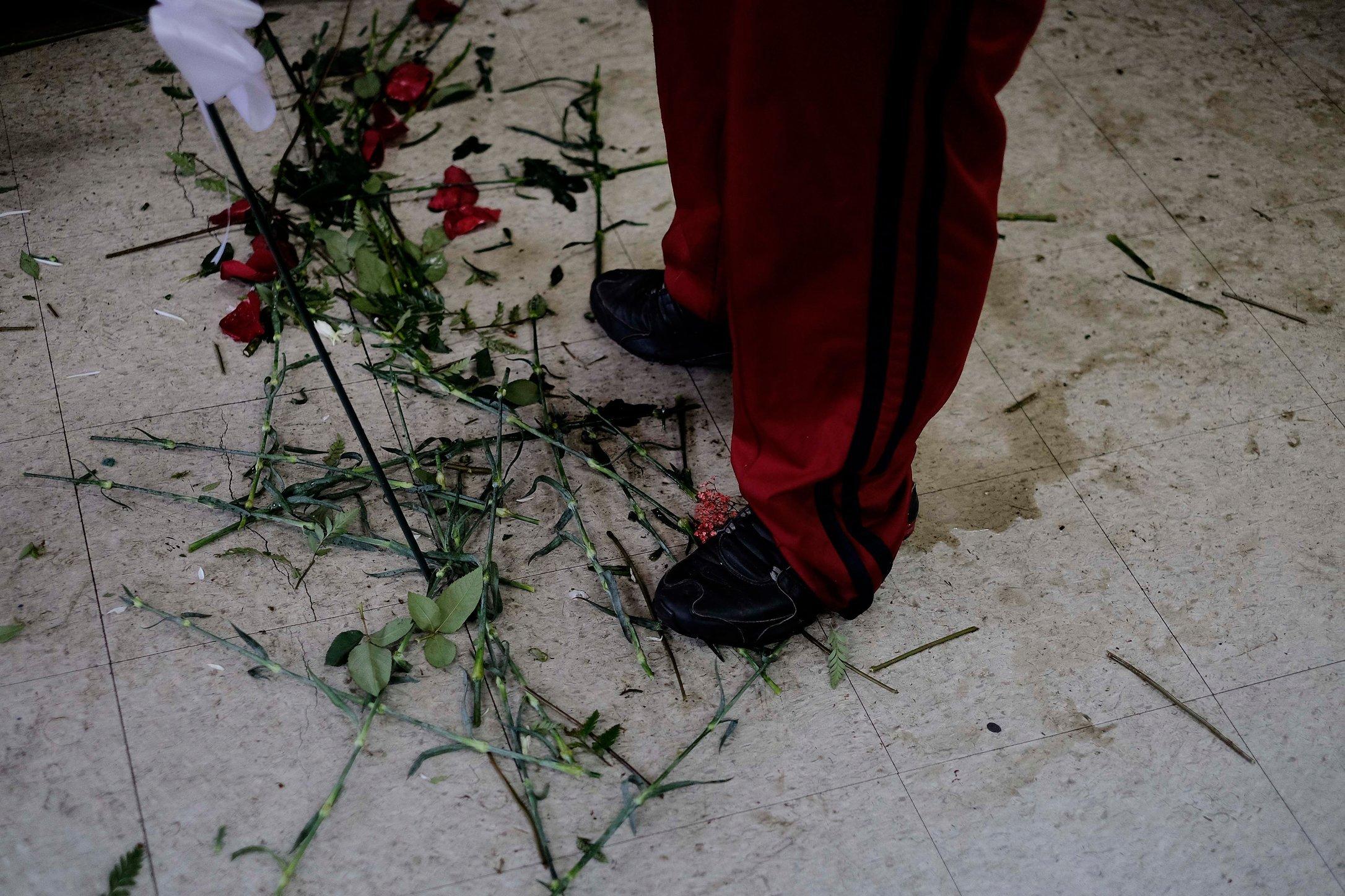 141108_MBElian_flowermen_006_sm.JPG