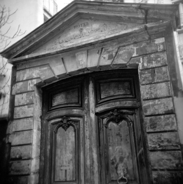 Holga France 63 #12-03_#4_Doors - Version 3