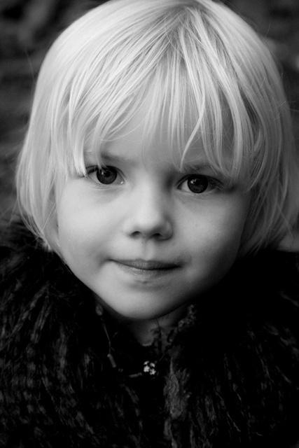 viewbook kid 1 699dbd87234f045a6895a774bad886a8_large.jpg