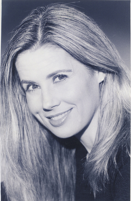 AMY BEATTIE-  ACTRESS, TV HOST,  TELEVISION PERSONALITY, SPOKESPERSON