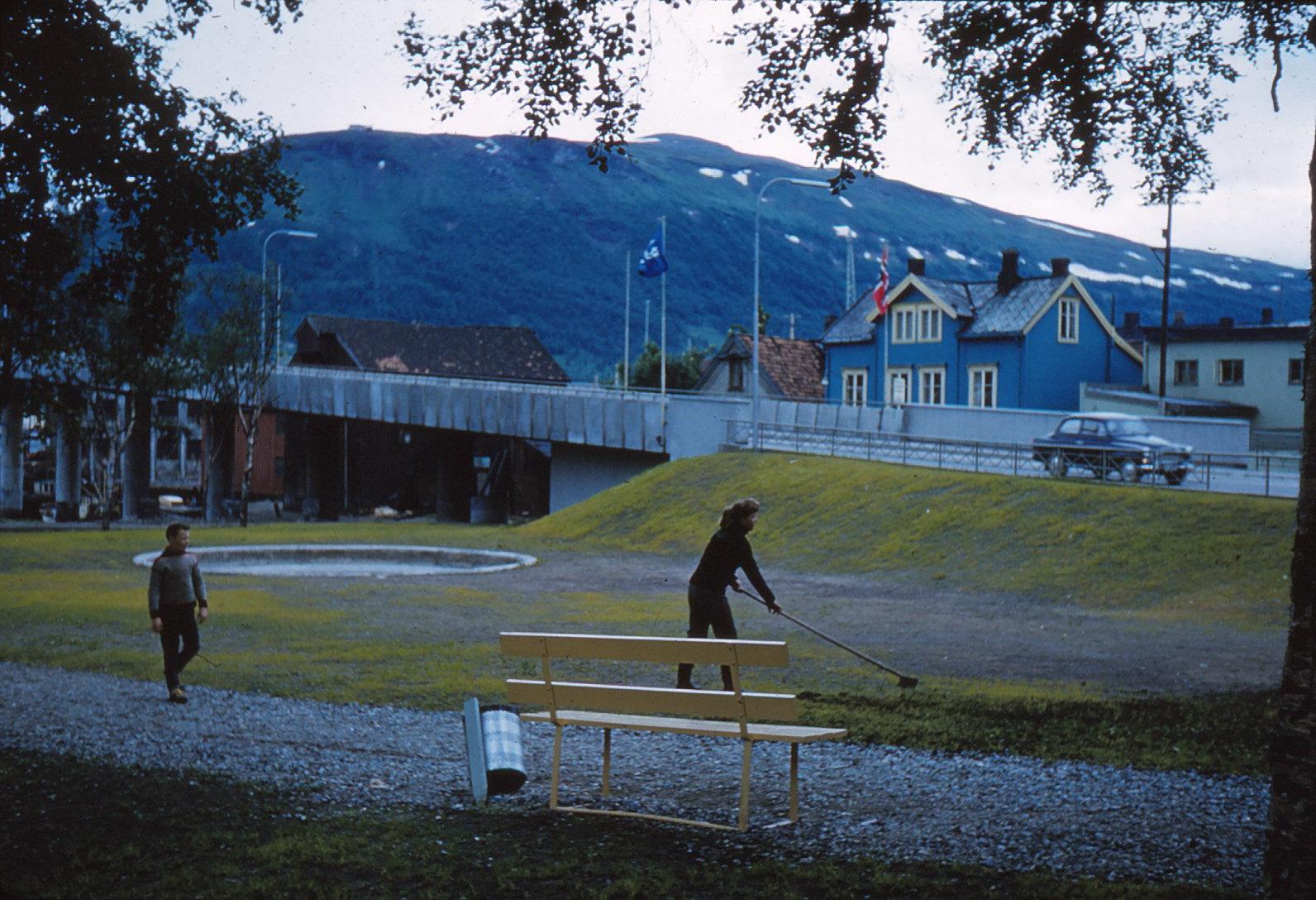 882 (31) Tromsø, opgang brug, ochtend