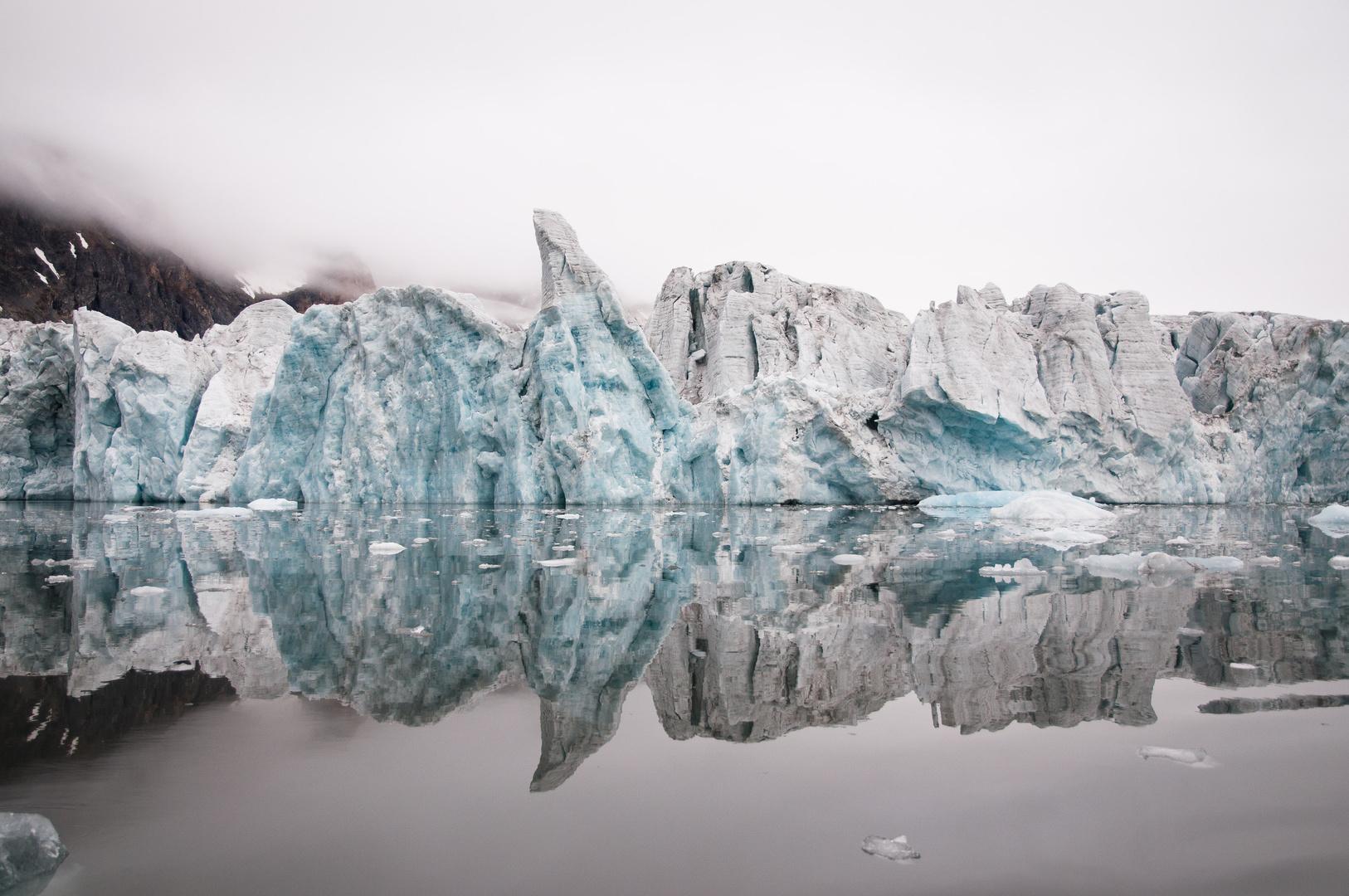 ICE BURG.jpg