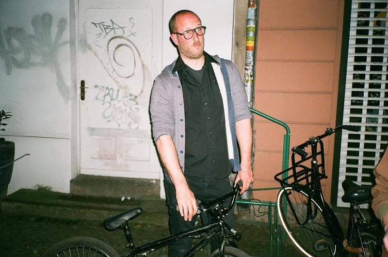 bertrand et son vélo.jpg