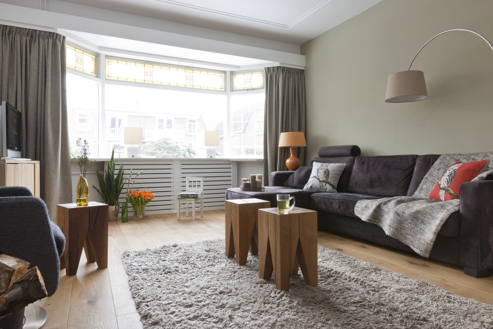 Wassenaar Magazine - Home / Print