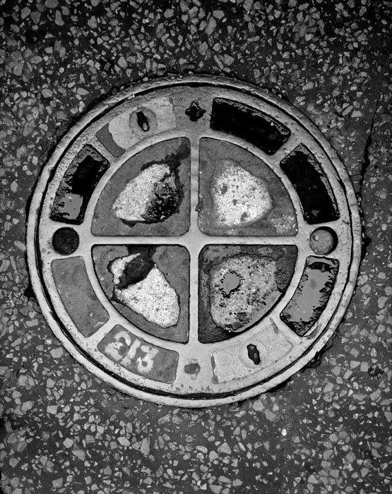 Manhole-4.jpg