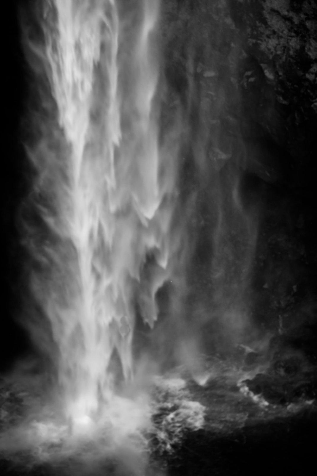 Waterfall01tif.jpg