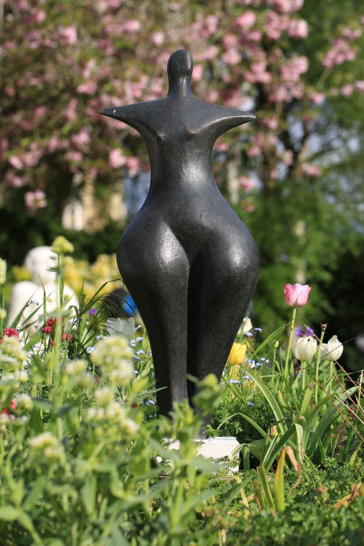 First Woman  1991, 87 x 32 x 26cm Bronze Resin   Open Studio (OAW)  2016