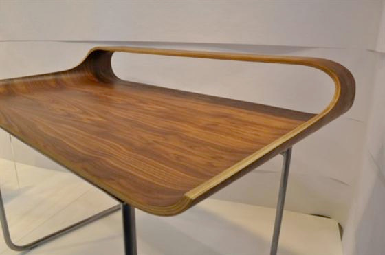 minmalist-curved-desk-home-office-designs.jpeg