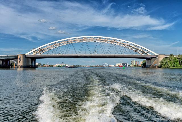 Rotterdam, Van Brienenoord Bridge