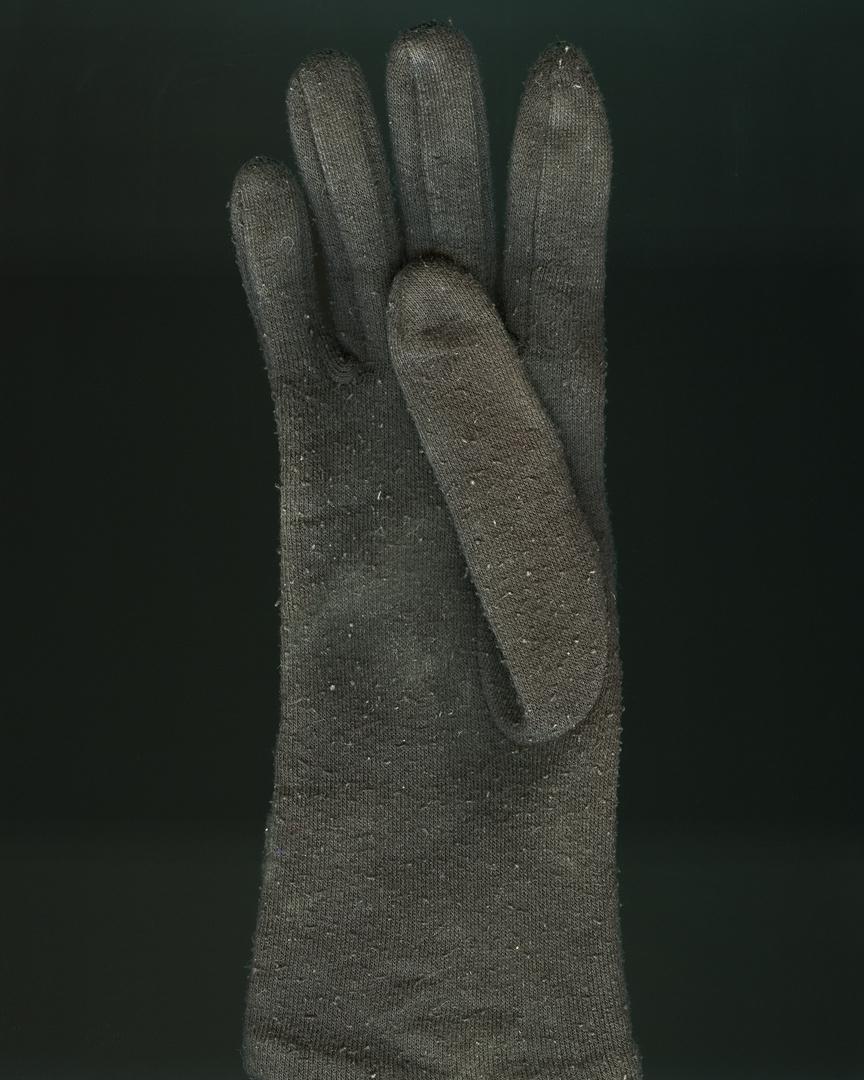 11_Glove_026 V1_FF.jpg