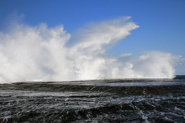 Waves - Gerringong (2)WG.jpg