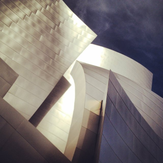 WALT DISNEY CONCERT HALL - GOLD 14