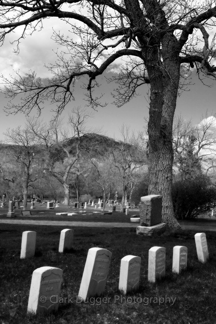 Boulder_Cemetery_1.jpg