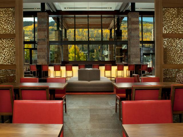 Solaris_Restaurant5.jpg