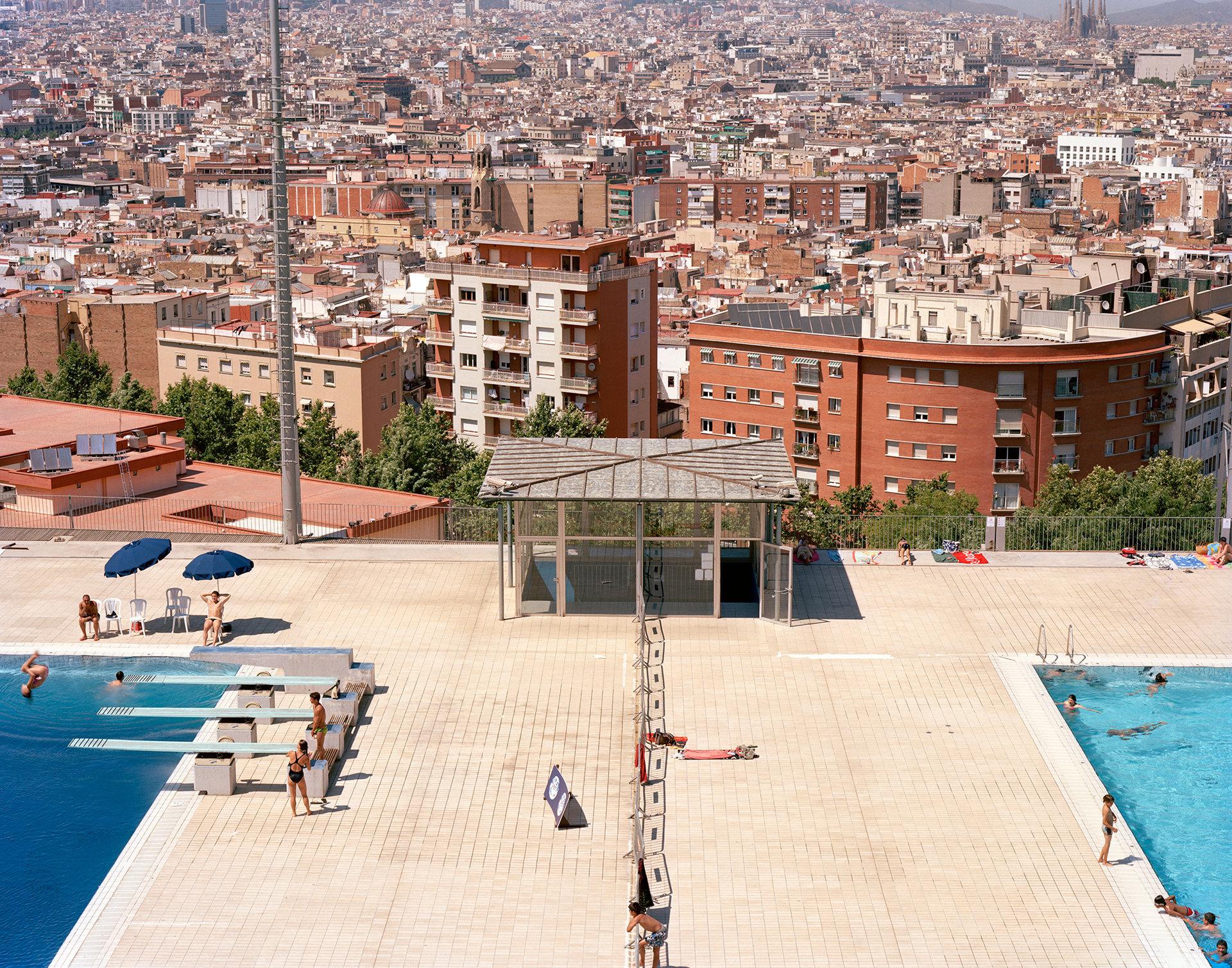 barcelonapool.jpg