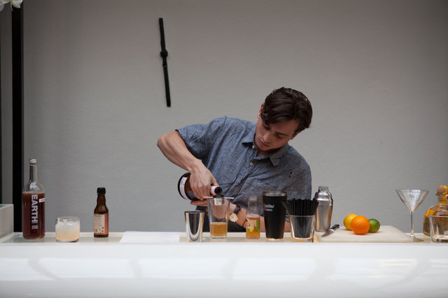 highwine_cocktail_training_22.jpg