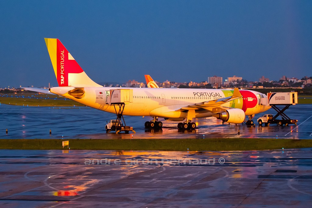 Airbus A-330-202 TAP CS-TOL