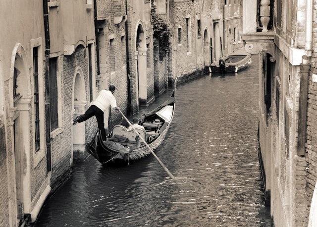 YD_(Venice)_0002.JPG