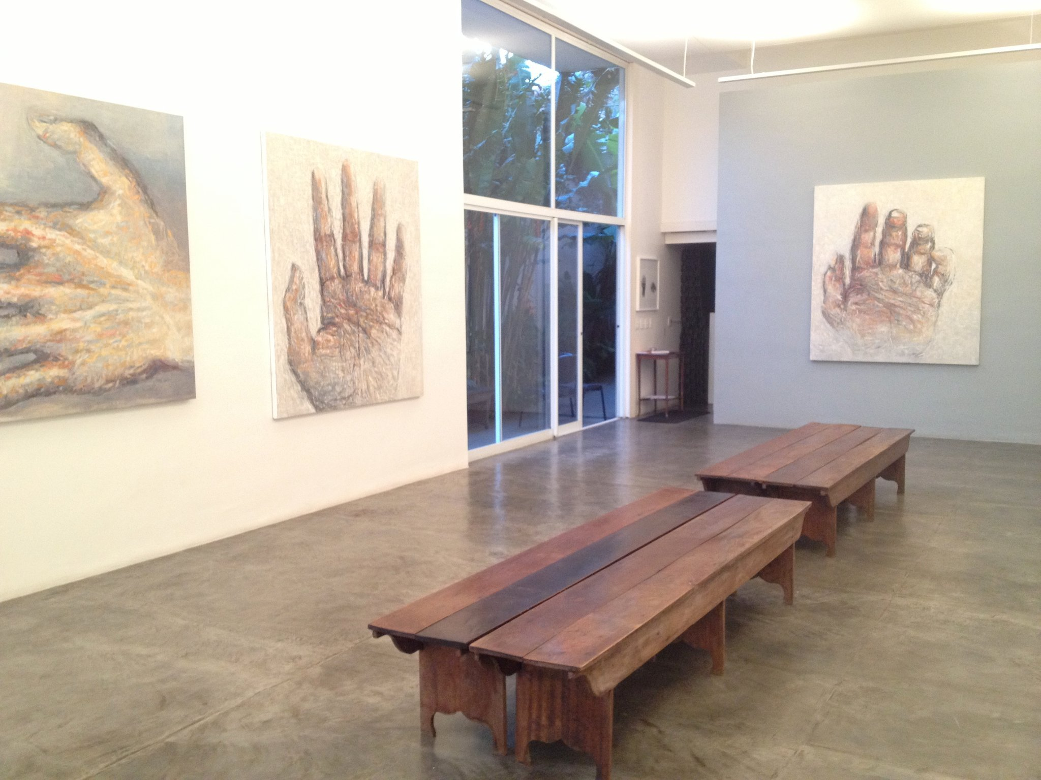 Entre Mãos: Pinturas