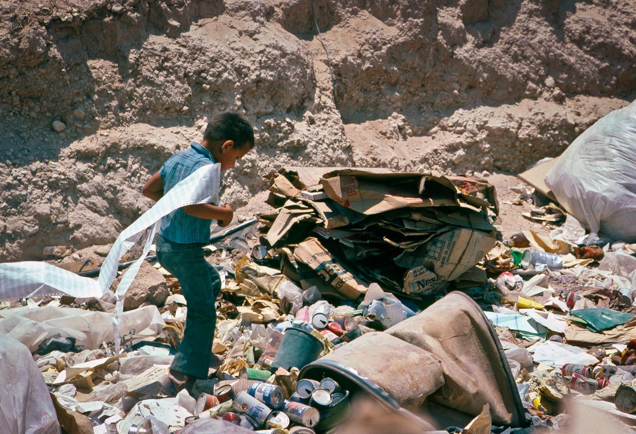 boy in dumpbw2.tif.jpg