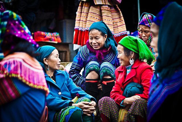 hmong-1.jpg