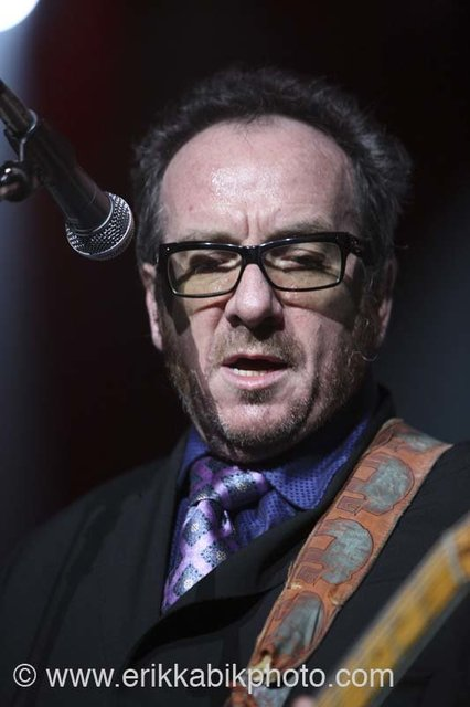 elvis_costello_5_23_08-55.jpg