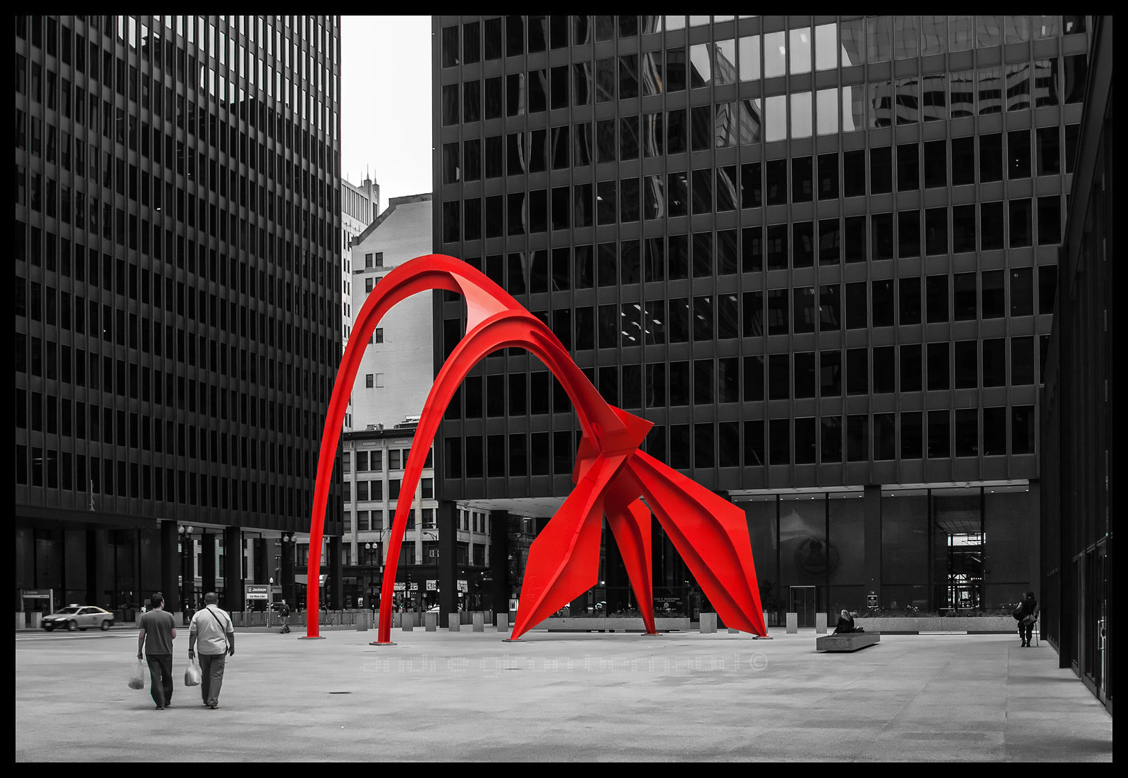 The Flamingo (by Alexander Calder) - Kluczynski Federal Building (Ludwig Mies van der Rohe)