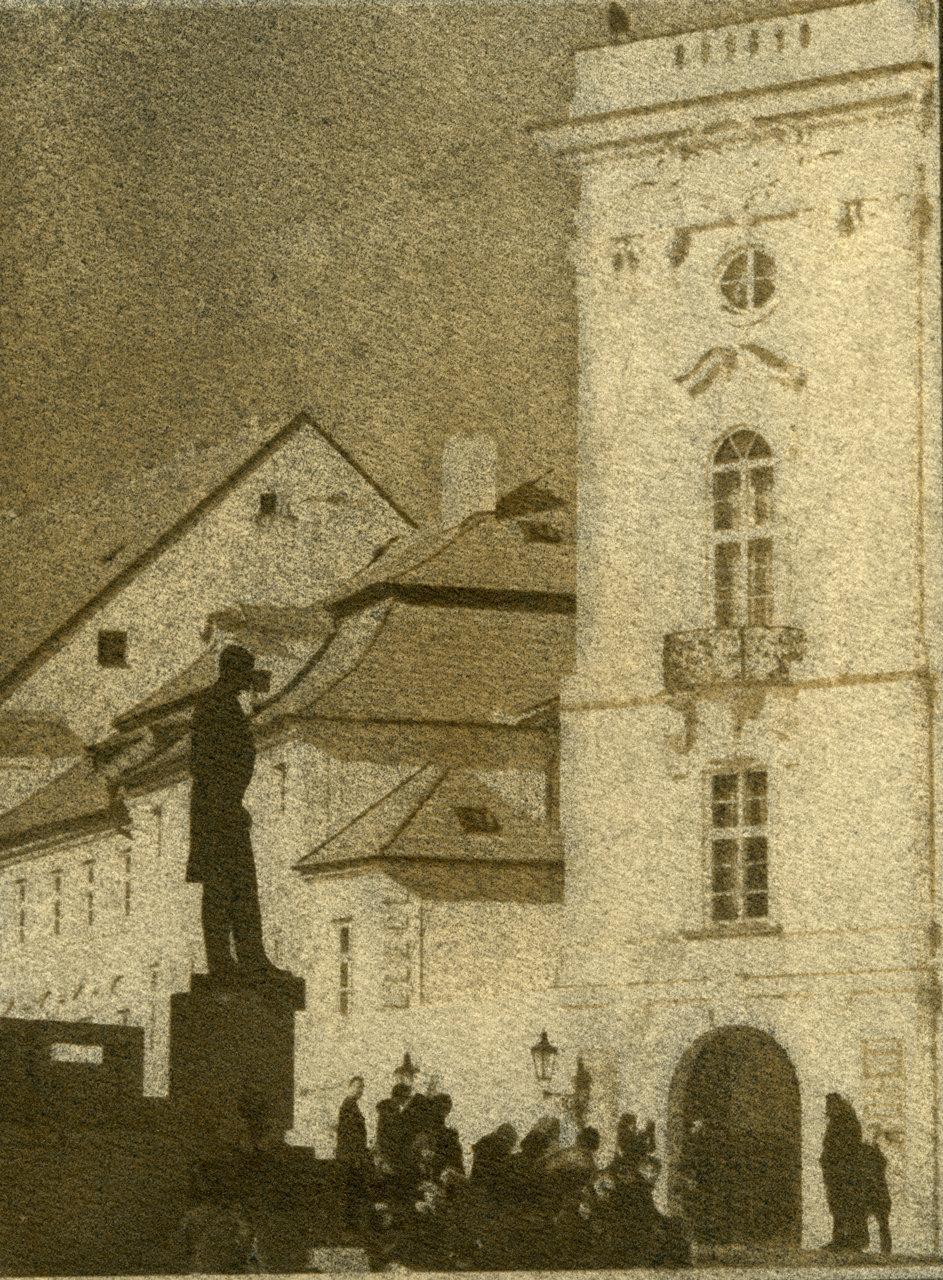 Masaryk-Statue-Prague-I.jpg