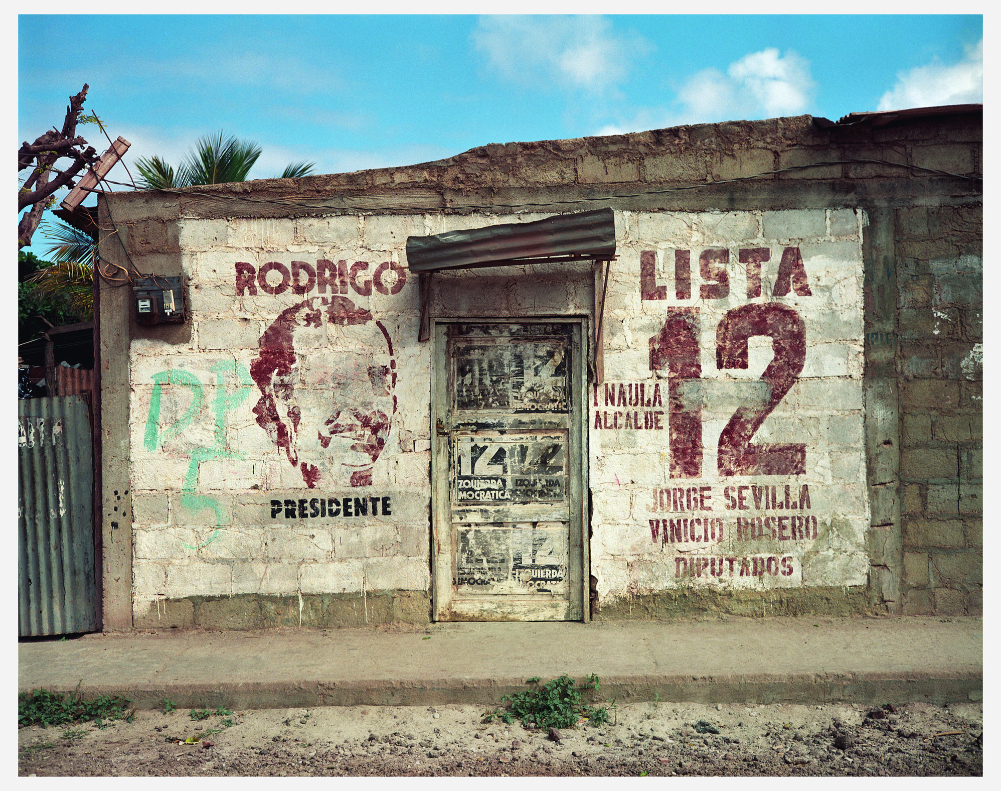 EWS  Galopagos Wall.jpg