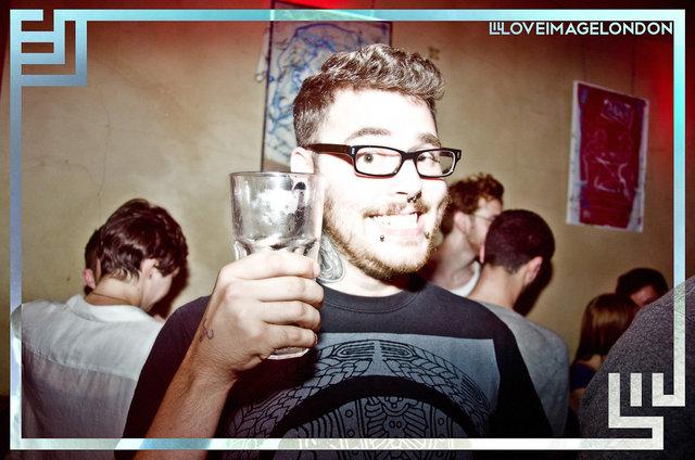 HAPPYSHOPPER-JacobLove-2011-1881.jpg