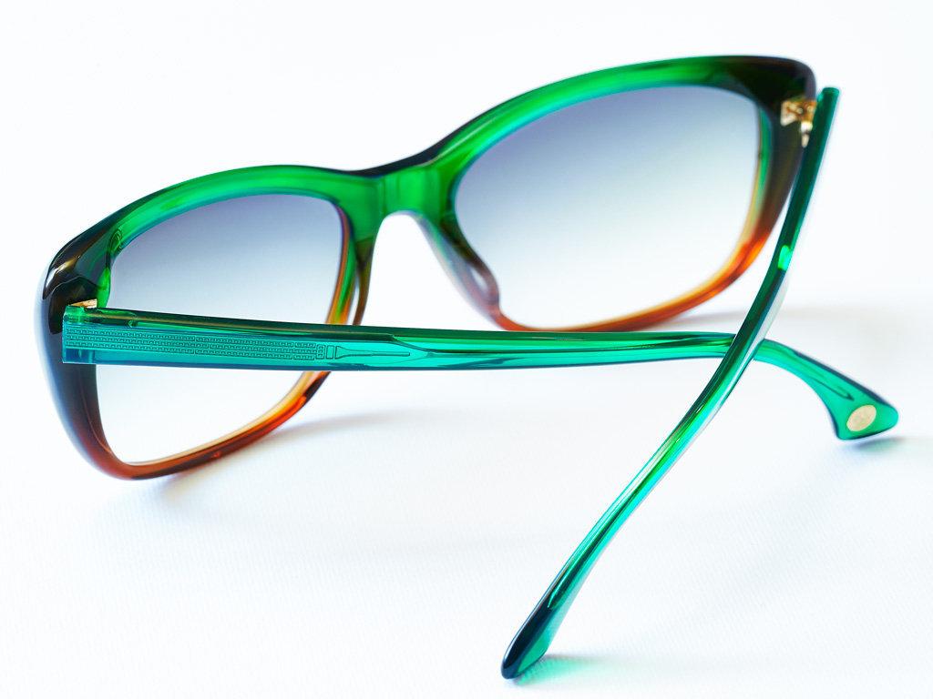 S Glasses