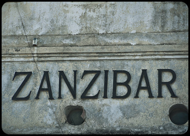zanzibar{Filename»}{Date (YYYY)»}{Image # (1)»}-92_3184 x 2120_{Sequence # (02)»}.jpg