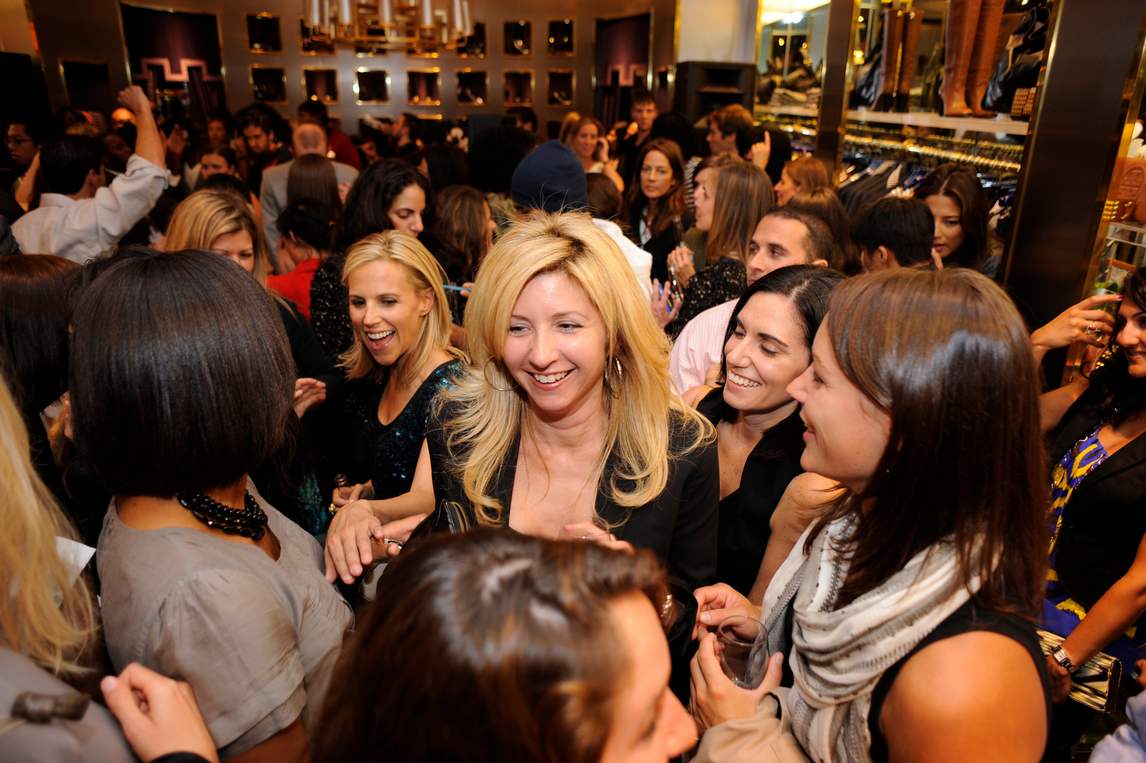 CKELBAUGH-Fashions Night Out-31.jpg