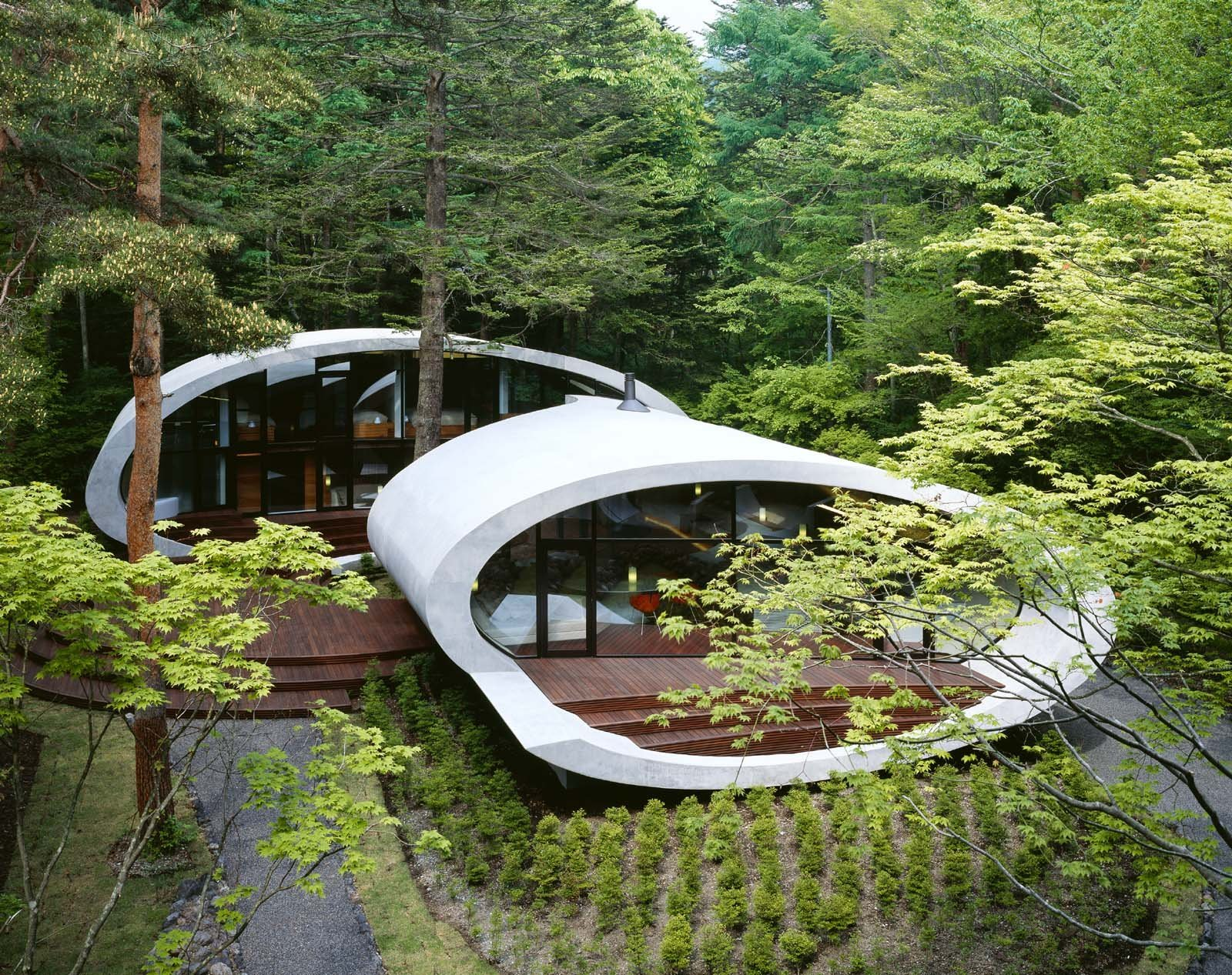 Shell(2008) photo: Nacasa & Partners Inc.