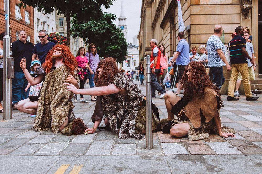 cavemen_low_015.jpg
